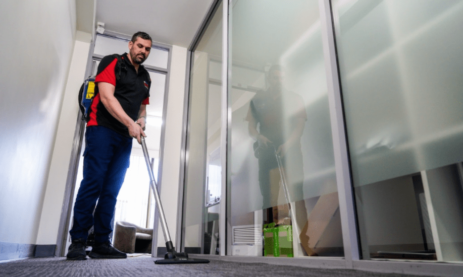 Tips & tricks to find a commercial cleaning company
