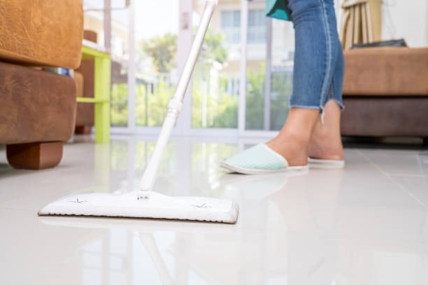 Hiring Reliable Maid Services